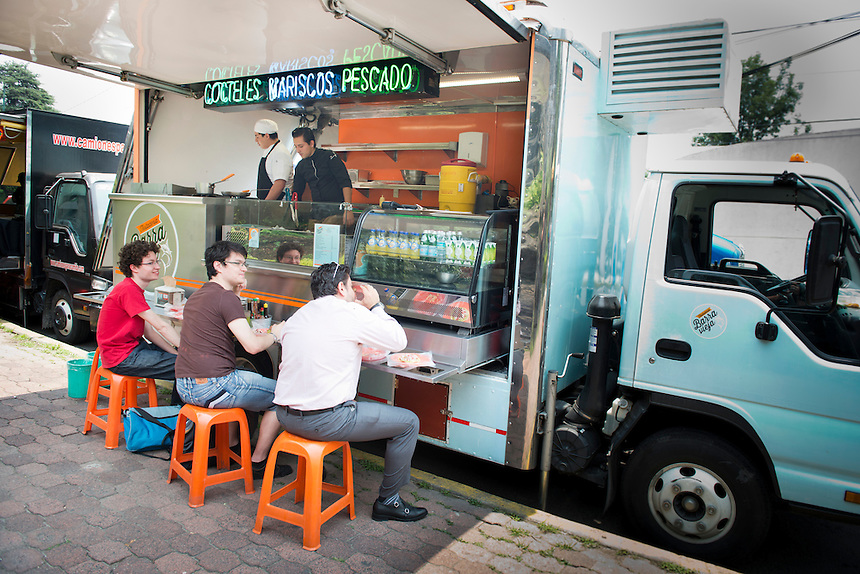 Barra Vieja, Food trucks, Mexico DF
