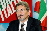 """Raffaele Cattaneo<br /> Milano 20/09/2013 Viale Monza<br /> conferenza stampa 'Da Pdl a Forza Italia' <br /> Press conference """"From PDL to Forza Italia"""" <br /> foto Andrea Ninni/Image/Insidefoto"""