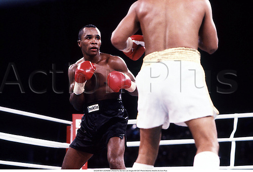 SUGAR RAY LEONARD v Roberto Duran, Las Vegas 891207 Photo:Manny Millan/Action Plus/Icon SMI....1989.boxer.boxers.boxing.combat sport sports