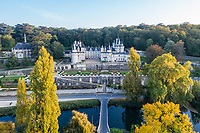 !! Atention > flou > réduire les pixels < 3000 max. France, Indre-et-Loire (37), Rigny-Ussé, château et jardin d'Ussé en octobre,