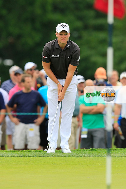 Danny Willett (ENG) on the 4th green during Thursday's Round 1 of the 2016 U.S. Open Championship held at Oakmont Country Club, Oakmont, Pittsburgh, Pennsylvania, United States of America. 16th June 2016.<br /> Picture: Eoin Clarke | Golffile<br /> <br /> <br /> All photos usage must carry mandatory copyright credit (&copy; Golffile | Eoin Clarke)