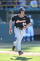 Jeff Hendrix (40) of the Oregon State Beavers runs to first base during a game against the UCLA Bruins at Jackie Robinson Stadium on April 4, 2015 in Los Angeles, California. UCLA defeated Oregon State, 10-5. (Larry Goren/Four Seam Images)