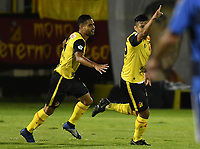TUNJA - COLOMBIA, 27-11-2019: Jhonny Alexander Vasquez del Pereira celebra después el primer gol de su equipo durante partido por la final vuelta de la Torneo Águila 2019 II entre Boyacá Chicó FC y Deportivo Pereira jugado en el estadio La Independencia de la ciudad de Tunja. / Jhonny Alexander Vasquez of Pereira celebrates after scoring the first goal of his team during match for the second leg final of the Aguila Tournament 2019 II between Boyaca Chico FC and Deportivo Pereira played at La Independencia stadium in Tunja city. Photo: VizzorImage / Jose Miguel Palencia / Cont