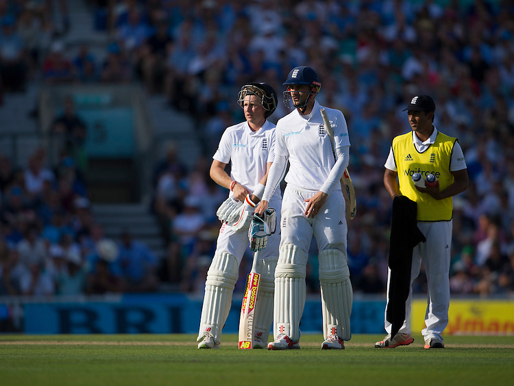 England's Alex Hales waits on his unsuccesful review - Alex Hales lbw Yasir Shah 12<br /> <br /> Photographer Ashley Western/CameraSport<br /> <br /> International Cricket - 4th Investec Test - England v Pakistan - Day 3 - Saturday 13th August 2016 - The Oval - London<br /> <br /> World Copyright &copy; 2016 CameraSport. All rights reserved. 43 Linden Ave. Countesthorpe. Leicester. England. LE8 5PG - Tel: +44 (0) 116 277 4147 - admin@camerasport.com - www.camerasport.com