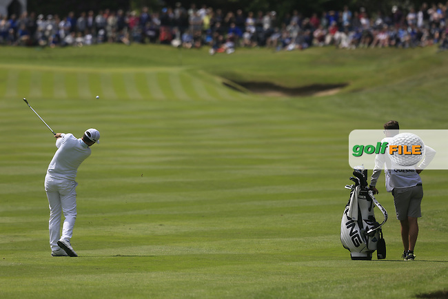 Julien Quesne (FRA) in action during the final round of the 2016 BMW PGA Championship played on the West Course, Wentworth Club, Virginia Water, Surrey.<br />  29/05/2016.<br /> Picture: Golffile | Phil Inglis<br /> <br /> <br /> All photo usage must carry mandatory copyright credit (&copy; Golffile | Phil Inglis)