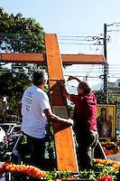 RIO DE JANEIRO; RJ; 18 DE JULHO 2013- Encontro do Clero no Santuário de Nossa Senhora de Fátima onde foram recebidos os ícones da Jornada Mundial da Juventude no Recreio dos Bandeirantes, zona oeste da cidade. FOTO: NÉSTOR J. BEREMBLUM - BRAZIL PHOTO PRESS.
