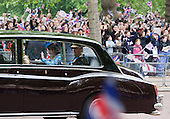 The Royal Wedding of HRH Prince William to Kate Middleton. HRH The Duke of York with his daughters princesses Beatrice and Eugenie being driven to Westminster Abbey.