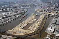 Hafencity von den Norderelbbruecken bis zur Elbphilharmonie: EUROPA, DEUTSCHLAND, HAMBURG, (EUROPE, GERMANY), 20.04.2015 Hafencity von den Norderelbbruecken bis zur Elbphilharmonie
