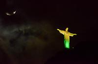 RIO DE JANEIRO, RJ, 07.07.2019 - CRISTO-RJ - Cristo com iluminação especial nas cores verde e amarelo pela vitoria do Brasil na Copa América e vence a seleção do Peru, Maracanã, zona norte, Rio de Janeiro ( Foto: Vanessa Ataliba/Brazil Photo Press)
