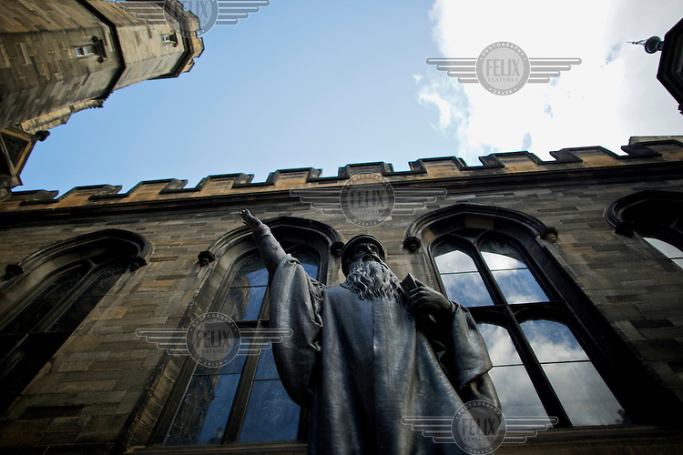 A statue of the protestant reformer John Knox in New College, Edinburgh.