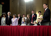Washington, D.C. - September 12, 2005 -- Judge John G. Roberts introduces his entire family to the United States Senate Committee on the Judiciary prior to the hearing on his nomination to be Chief Justice of the United States..Credit: Ron Sachs / CNP
