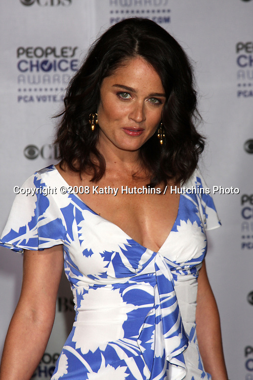 Robin Tunney   arriving at the People's Choice Awards at the Shrine Auditorium, in Los Angeles, CA on .January 7, 2009.©2008 Kathy Hutchins / Hutchins Photo..                .