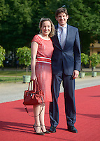 Berlin, Familienministerin Kristina Schroeder und ihr Ehemann am Mittwoch (19.06.13) in Berlin vor Schloss Charlottenburg auf dem Roten Teppich des Empfangs für den US-amerikanischen Praesident Barack Obama in Berlin. Foto: Michael Gottschalk/CommonLens