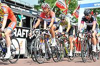 WIELRENNEN: SURHUISERVEEN: 26-07-2016, Profronde dames 2016, Winnares Ilona Hoeksma uit Luxwoude, Anouska koster (rood-wit-blauw), ©foto Martin de Jong