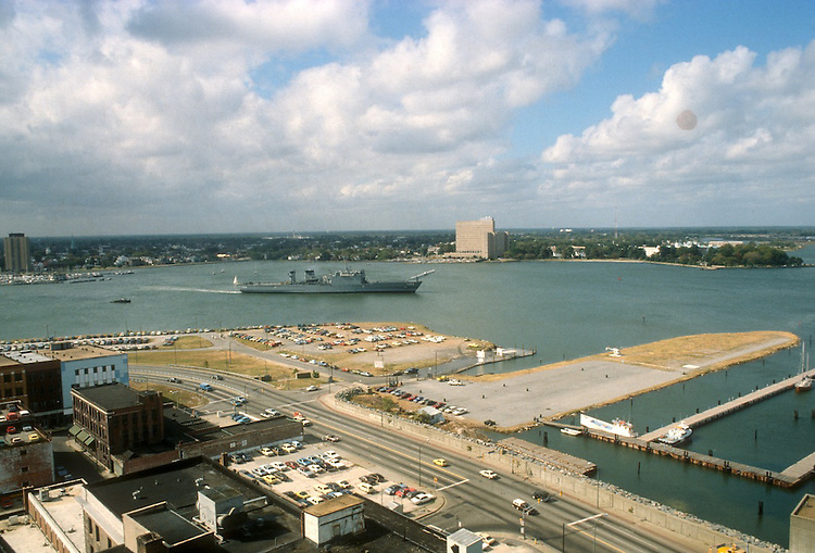 1978 January ..Redevelopment.Downtown West (A-1-6)..TOWNE POINT PARK...NEG#.NRHA#..