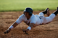 10 october 2009: Yann Dal Zotto of Savigny dives into third base during to game 3 of the 2009 French Elite Finals won 4-2 by Savigny over Rouen, at Stade Jean Moulin stadium in Savigny sur Orge, near Paris, France.
