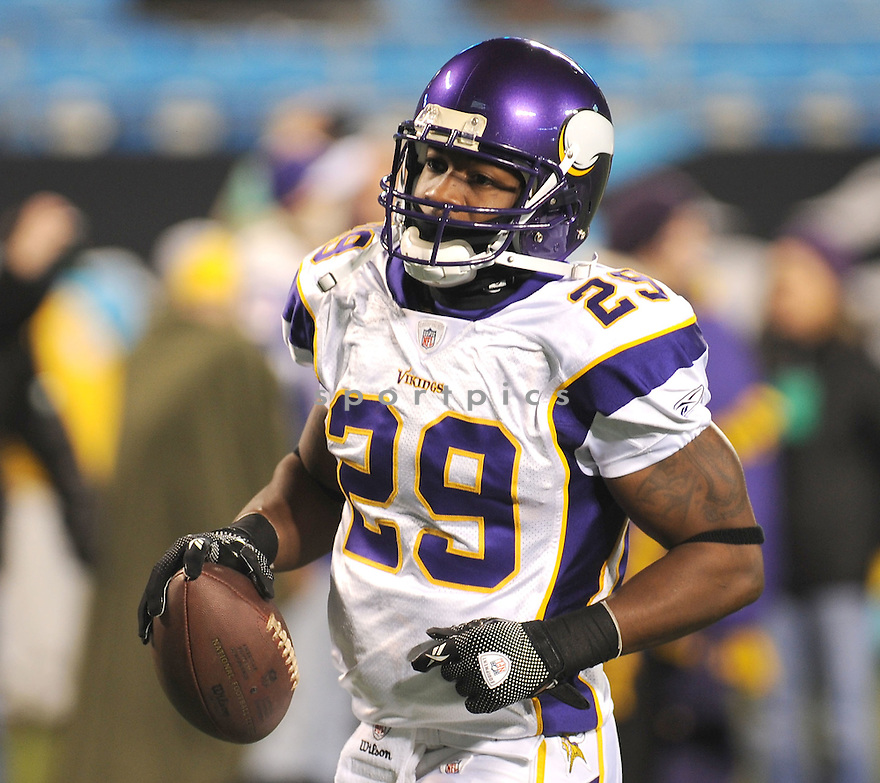 CHESTER TAYLOR, of the Minnesota Vikings, in action during the Vikings game against the Carolina Panthers on December 20, 2009 in Charlotte, North Carolina. Panthers won 26-7.