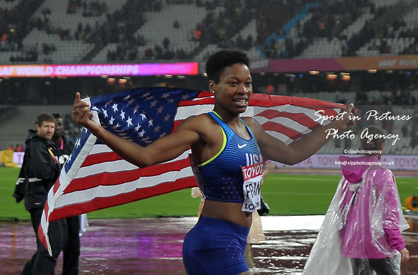 PhyllisFRANCIS (USA) celebrates winning with her flag in the womens 400m final. IAAF world athletics championships. London Olympic stadium. Queen Elizabeth Olympic park. Stratford. London. UK. 09/08/2017. ~ MANDATORY CREDIT Garry Bowden/SIPPA - NO UNAUTHORISED USE - +44 7837 394578