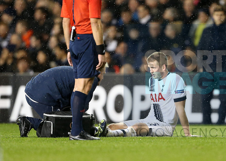 Tottenham's Eric Dier goes off injured<br /> <br /> UEFA Europa League - Tottenham Hotspur v Monaco - White Hart Lane - England -10th December 2015 - Picture David Klein/Sportimage