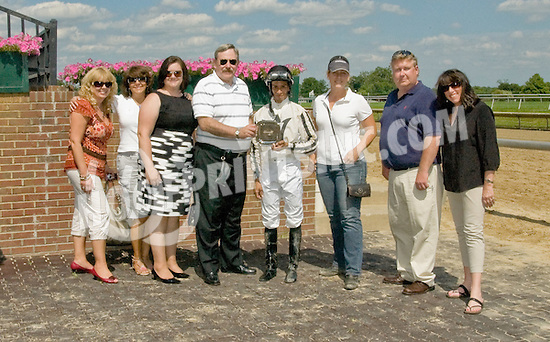 Separate Checks winning at Delaware Park on 6/29/11