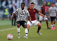 Calcio, Serie A: Roma vs Juventus. Roma, stadio Olimpico, 30 agosto 2015.<br /> Juventus&rsquo; Patrice Evra, left, is challenged by Roma&rsquo;s Alessandro Florenzi during the Italian Serie A football match between Roma and Juventus at Rome's Olympic stadium, 30 August 2015.<br /> UPDATE IMAGES PRESS/Riccardo De Luca