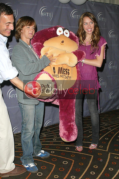 """Jason Earles and Miley Cyrus<br />at the """"Kids Day 2006"""" presented by the Hollywood Radio and Television Society. Hollywood and Highland, Hollywood, CA. 08-02-06<br />Jason Kirk/DailyCeleb.com 818-249-4998"""