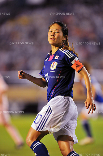 Homare Sawa (JPN), AUGUST 19, 2011 - Football / Soccer : East Japan Earthquake Charity Women's Football Match between Japan Women's National Team 3-2 Nadeshiko League XI at National Stadium in Tokyo, Japan. (Photo by Jun Tsukida/AFLO SPORT) [0003]