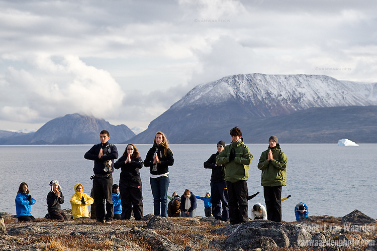 A group dance performance took place on the beach in Qikiqtarjuaq. It allowed the students to express themselves and take a moment to reflect. Cape Farewell Youth Expedition 08(©Robert vanWaarden ALL RIGHTS RESERVED)