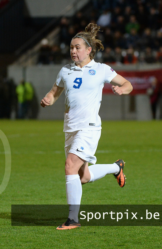 20160412 - LEUVEN ,  BELGIUM : Estonian Signy Aarna   pictured during the female soccer game between the Belgian Red Flames and Estonia , the fifth game in the qualification for the European Championship in The Netherlands 2017  , Tuesday 12 th April 2016 at Stadion Den Dreef  in Leuven , Belgium. PHOTO SPORTPIX.BE / DIRK VUYLSTEKE
