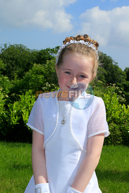 Beth Jones at first communion in Termonfeckin.<br /> Picture:  www.newsfile.ie