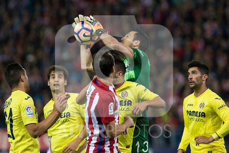 Andres Fernandez of Villarreal during the match of La Liga between Atletico de Madrid and Villarreal at Vicente Calderon  Stadium  in Madrid, Spain. April 25, 2017. (ALTERPHOTOS/Rodrigo Jimenez)