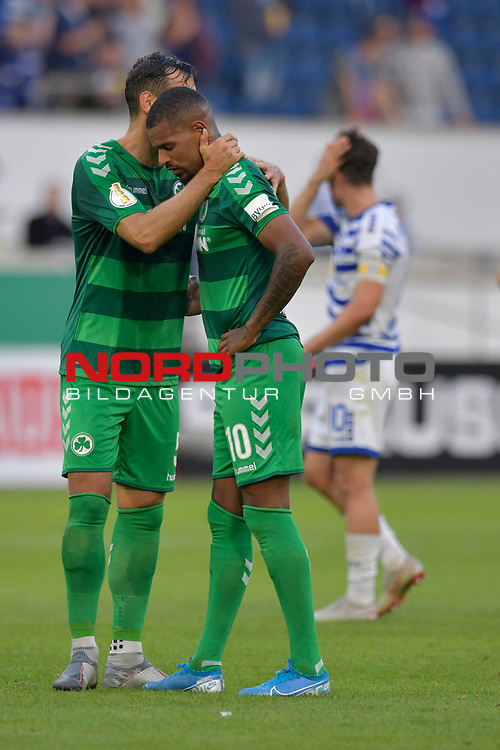 11.08.2019 , Schauinsland-Reisen Arena, Duisburg, DFB Pokal<br /> <br /> DFB REGULATIONS PROHIBIT ANY USE OF PHOTOGRAPHS AS IMAGE SEQUENCES AND/OR QUASI-VIDEO.<br /> <br /> im Bild / picture shows Marco Caligiuri ( Greuther Fuerth #13 ) troestet Daniel Keita-Ruel ( Greuther Fuerth #10 ). <br /> <br /> Foto © nordphoto / Freund