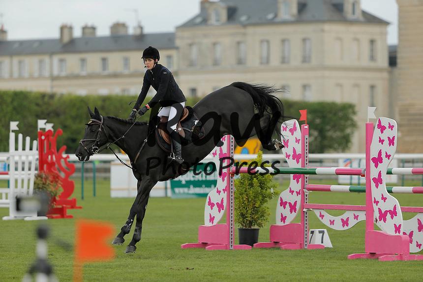 196253 P. Katchers / Starface 2015-04-25 Oise<br /> Chantilly France<br />  Jumping de Chantilly 2015.<br /> <br /> <br /> <br /> <br />  Casiraghi, Charlotte (Monaco) Carlota Casiraghi y Guillaume Canet han participado en el concurso de saltos de Chantilly.<br /> <br /> 196253 P. Katchers / Starface 2015-04-25 Oise<br /> Chantilly France<br />  Jumping de Chantilly 2015.