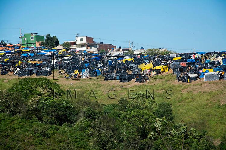 Invasão do MTST (Movimento dos Trabalhores sem Teto) em Mauá - SP, 06/2015.