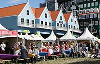 Nederland Zaandam  2017 . Op 2 september vond de allereerste Zaanse UITmarkt plaats. Er werd getoond wat de Zaanstreek te bieden heeft op het gebied van kunst, cultuur en uitgaan. Van jong tot oud, van klassiek tot dance. Foto Hollandse Hoogte / Berlinda van Dam