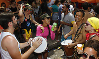 OLINDA, PE - 09.02.2016 - CARNAVAL-PE- Foliões tomam as ruas do centro histórico de Olinda nesta terça-feira, 09. (Foto: Jean Nunes/Brazil Photo Press)
