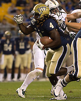 Pitt running back Zach Brown (4). The Pitt Panthers defeated the USF Bulls 44-17 on September 29, 2011 at Heinz Field in Pittsburgh Pennsylvania.