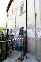 Scai, Amatrice, 26 Agosto 2016.<br /> Edifici crollati a Scai, frazione di Amatrice. <br /> L'Italia &egrave; stata colpita da un potente, terremoto di 6,2 magnitudo nella notte del 24 agosto, 2016, che ha ucciso almeno 290 persone .<br /> Collapsed buildings in Scai,earthquake in central Italy was struck by a powerful, 6.2-magnitude earthquake in the night of August 24, 2016, Which has killed at least 290 people and devastated hundreds of houses.