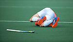 DEN BOSCH - Blessure voor Florian Fuchs (Bloemendaal)  tijdens de hoofdklasse hockeywedstrijd tussen de heren van Den Bosch en Bloemendaal (1-2). COPYRIGHT KOEN SUYK