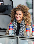 AMSTELVEEN - De geblesseerde Maria Verschoor (Adam) voor de hoofdklasse hockeywedstrijd dames,  Amsterdam-Oranje Rood (2-2) .   COPYRIGHT KOEN SUYK
