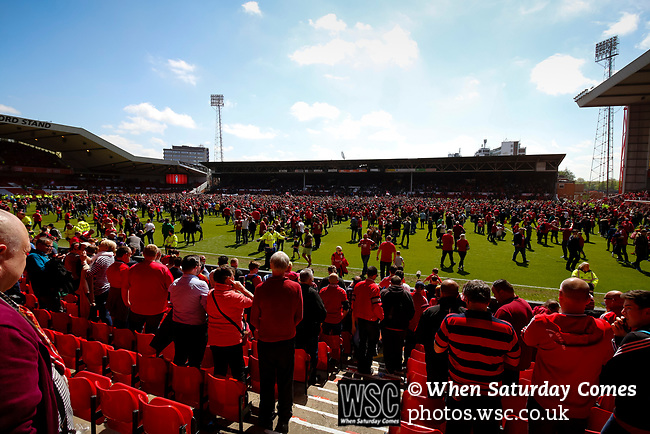 Nottingham Forest 3 Ipswich Town 0, 07/05/2017. City Ground, Championship. Forest fans invade the pitch after the game between Nottingham Forest v Ipswich Town at the City Ground Nottingham in the SkyBet Championship. Photo by Paul Thompson.