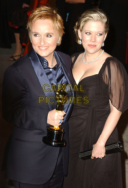 MELISSA ETHERIDGE & TAMMIE LYN MICHAELS.The 2007 Vanity Fair Oscar Party Hosted by Graydon Carter held at Morton's, West Hollywood, California, USA, 25 February 2007..oscars half length trophy winner oscar.CAP/ADM/GB.©Gary Boas/AdMedia/Capital Pictures.