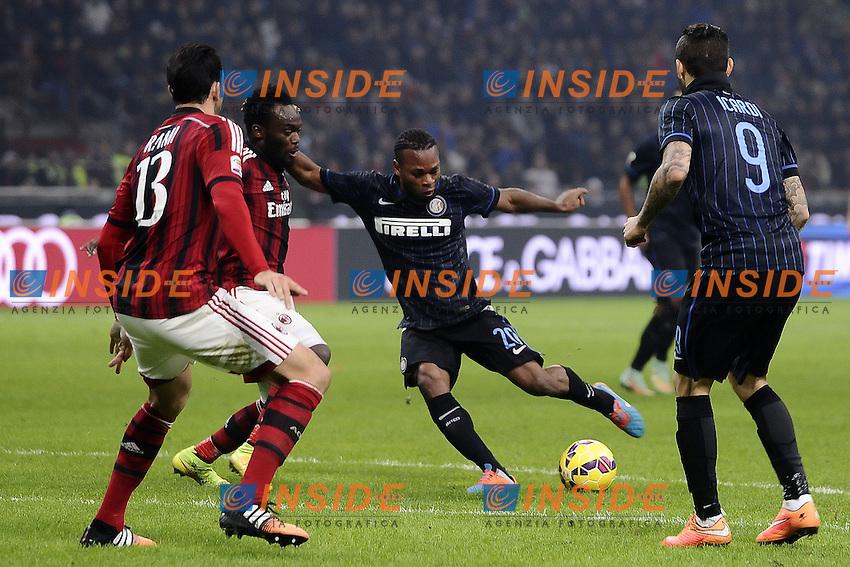 esultanza gol Joel Obi Inter. Goal celebration <br /> Milano 23/11/2014 Stadio Giuseppe Meazza Football Calcio Serie A 2014/2015 Milan-Inter foto Daniele Buffa/Image Sport/Insidefoto