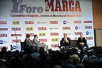 BOGOTA - COLOMBIA - 07 - 05 - 2013: Oscar Campillo (Izq.) director Diario Marca España, German Arango (2Izq.) director de contenido de Diario Marca Colombia, Vicente del Bosque  (2Der.), director tecnico de la Seleccion Española de Futbol y Jose Pekerman (Der.), Director Tecnico de la Selección  Colombiana de Futbol durante Foro en Bogota, mayo 7 de 2013.  El diario Marca Colombia, en su lanzamiento realizo el I FORO COLOMBIA Y ESPAÑA, RUMBO AL MUNDIAL BRASIL2014, (Foto. VizzorImage / Luis Ramirez / Staff). Oscar Campillo (L) Director Diario Marca España, German Arango (2L.) Director Brand Content of the Diario Marca Colombia, Vicente del Bosque (2Der.), Head coacht of the Spanish Football Team and Jose Pekerman (R),Head Coach of Colombian Football Team during forum in Bogota, May 7, 2013. The newspaper Marca Colombia, at launch I performed the FORUM COLOMBIA AND SPAIN, WAY TO WORLD BRASIL 2014, (Photo. VizzorImage / Luis Ramirez / Staff).