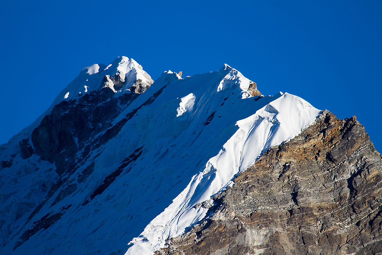 Close-up of our route on Lobuche. Photo by Didrik Johnck