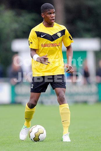 MUSSELKANAAL - voetbal , FC Emmen - SC Veendam , voorbereiding seizoen 2012-2013, 31-07-2012, SC Veendam speler Luis Pedro da Silva Feirreira