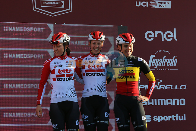 Lotto-Soudal Ladies at sign on before the Strade Bianche Women Elite 2019 running 133km from Siena to Siena, held over the white gravel roads of Tuscany, Italy. 9th March 2019.<br /> Picture: Seamus Yore   Cyclefile<br /> <br /> <br /> All photos usage must carry mandatory copyright credit (© Cyclefile   Seamus Yore)