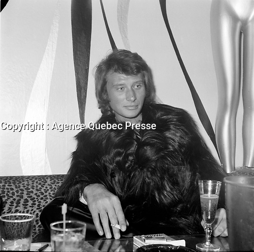 Johnny Halliday<br /> et Sylvie Vartan, en tournee au Quebec, les 14-15-16 mars 1969<br /> <br /> PHOTO : Agence Quebec Presse - Roland Lachance