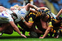 A general view of a scrum. Aviva Premiership match, between Wasps and Exeter Chiefs on September 4, 2016 at the Ricoh Arena in Coventry, England. Photo by: Patrick Khachfe / JMP