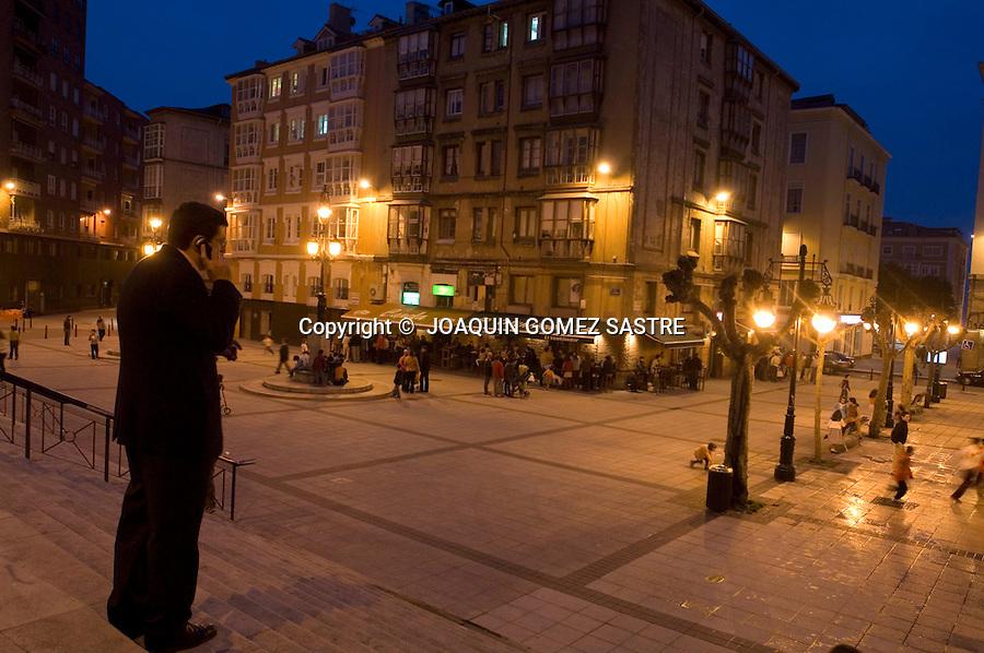 .Vista de la plaza de cañadio,lugar habitual de copas los fines de semana en Santander..foto JOAQUIN GOMEZ SASTRE©